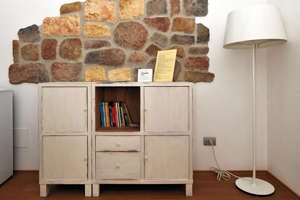 Great bub montegallo osimo furniture with arredamento bed for Az arredamenti napoli